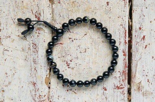 Буддийские четки-браслет из черного полированного агата, они же — четки на руку