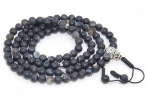 Изящные буддийские четки из черного матового агата 108 бусин