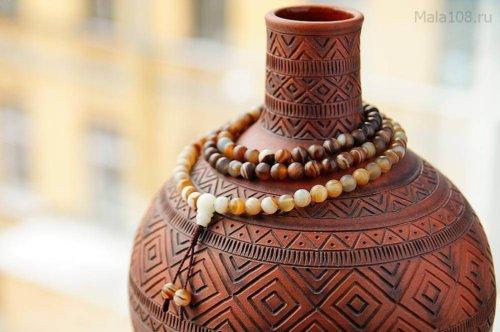 Классические буддийские четки из коричневого матового агата