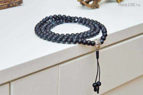 Изящные буддийские четки из черного матового агата