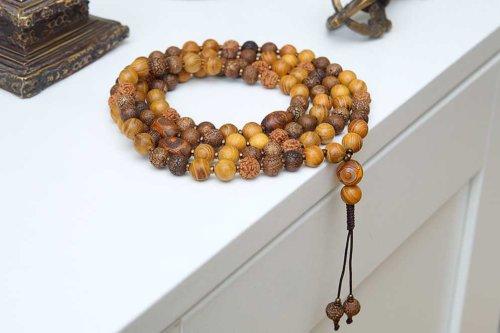 Буддийские четки из агата, рудракши и дерева бокоте 108 бусин
