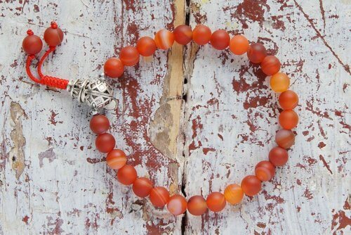 Изящные буддийские четки-браслет из оранжевого матового агата