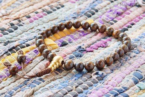 Буддийские четки-браслет из полированного бронзита, они же — четки на руку