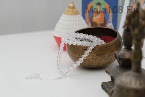 Буддийские четки из матового хрусталя 108 бусин