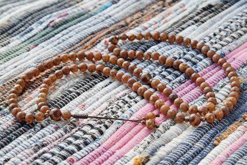 Классические буддийские четки из 108 матовых бусин Дзи