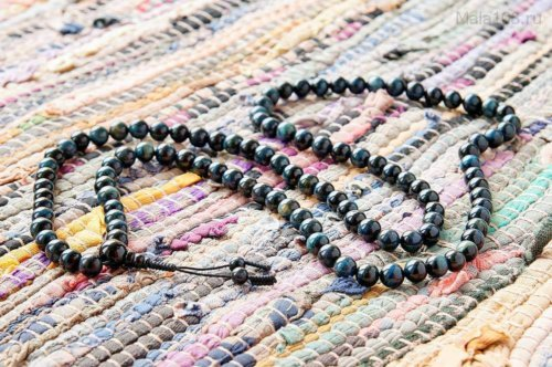 Классические буддийские четки из камня соколиный глаз