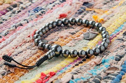 Буддийские четки-браслет из магнетита, они же — четки на руку