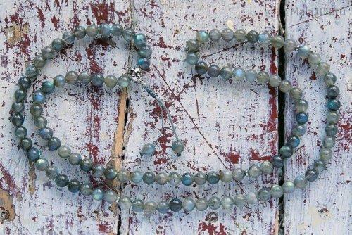 Классические буддийские четки из полированного лабрадорита с серебряной гуру