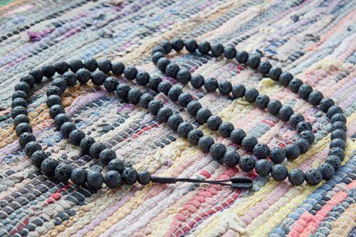 Крупные буддийские четки из базальтовой лавы 108 бусин