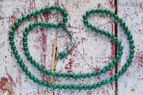 Классические буддийские четки из конголезского малахита