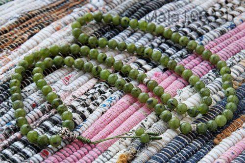 Буддийские четки из нефрита с серебряной гуру 108 бусин