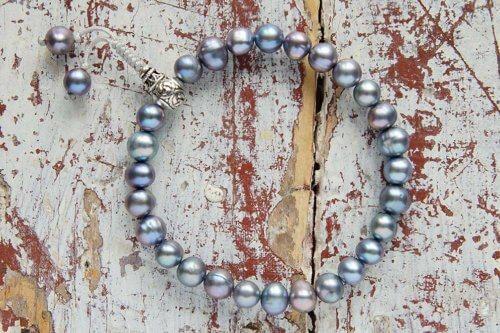 Буддийские четки-браслет из черного жемчуга с серебряной гуру