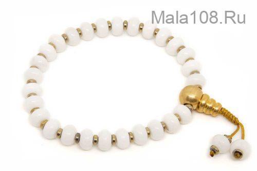 Буддийские четки-браслет из белоснежного кварца рондель 27 бусин