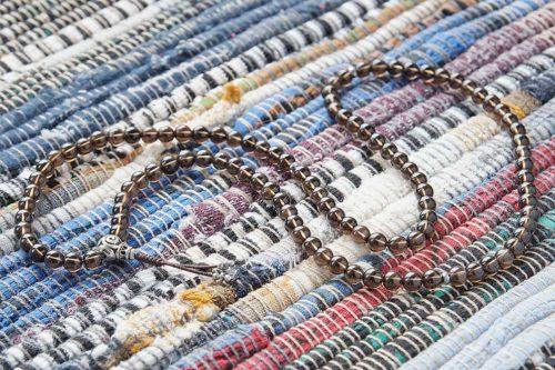 Изящные буддийские четки из раухтопаза 108 бусин с серебряной гуру