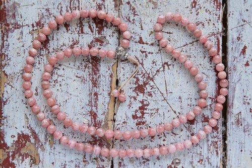 Изящные буддийские четки из родохрозита с серебряной гуру 108 бусин