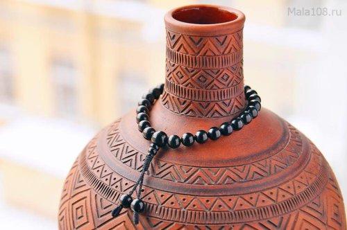 Буддийские четки-браслет из шерла (черного турмалина), они же — четки на руку