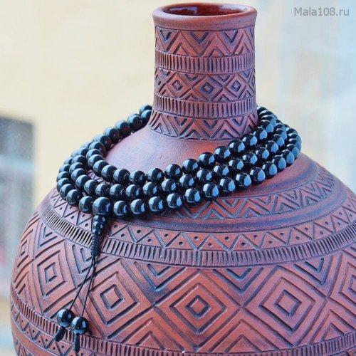 Классические буддийские четки из черного турмалина, также известного как шерл