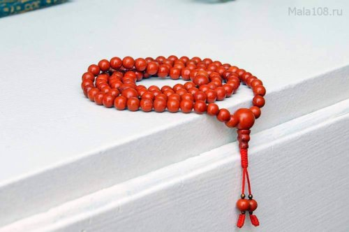 Изящные буддийские четки из красной яшмы