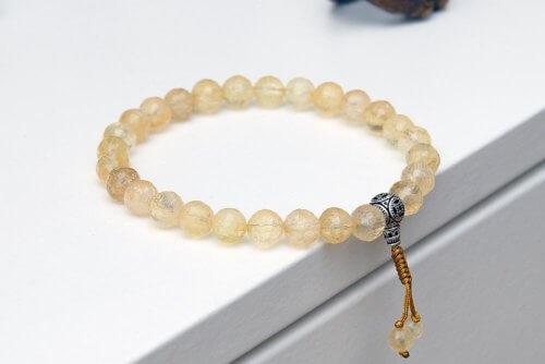 Буддийские четки-браслет из цитрина 27 бусин