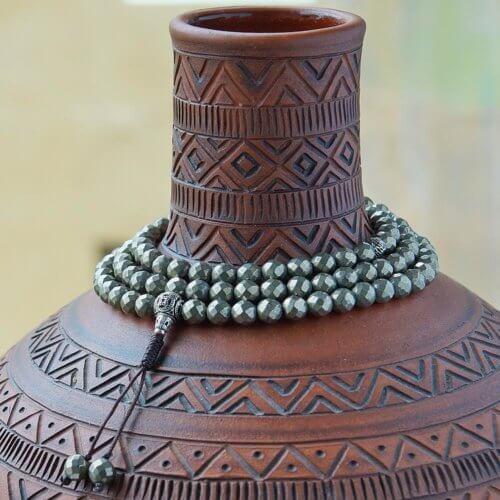 Классические буддийские четки из пирита с серебряной гуру 108 бусин