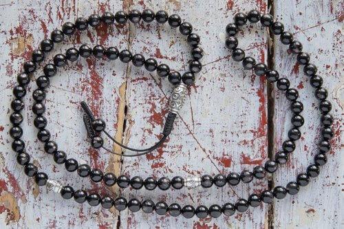 Буддийские четки из гиперстена с серебряной Дзи 108 бусин