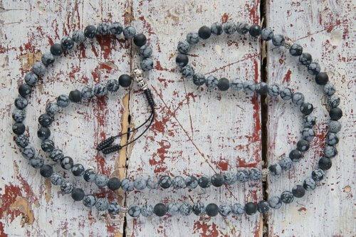 Буддийские четки из матового снежного обсидиана 108 бусин