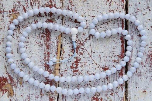 Классические буддийские четки из граненого сапфирина 108 бусин