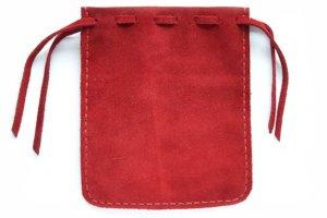 Мешочек из красной замши для хранения четок