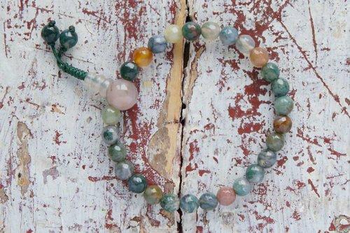 Изящные буддийские четки-браслет из граненой яшмы 27 бусин