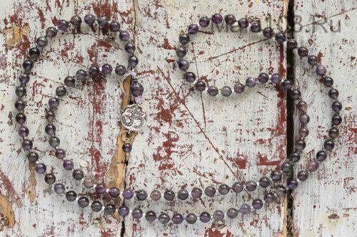 Изящные буддийские четки из аметиста 108 бусин с подвеской «Ом»