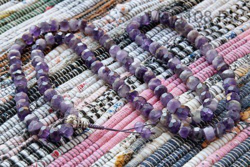 Буддийские четки из аметиста 108 бусин с серебряной гуру