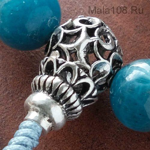 Буддийские четки-браслет из апатита 27 бусин с серебряной гуру