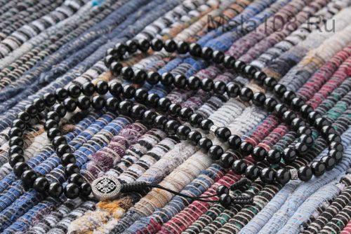 Буддийские четки из гагата 108 бусин с серебряной подвеской