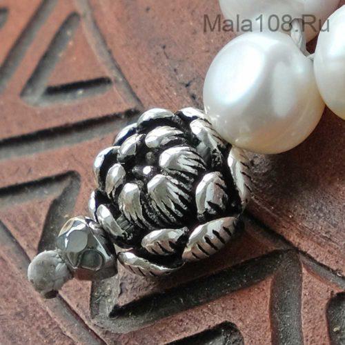 Буддийские четки из жемчуга 108 бусин с серебряным лотосом