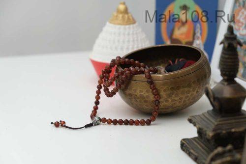 Изящные буддийские четки из гессонита 108 бусин с серебряной гуру